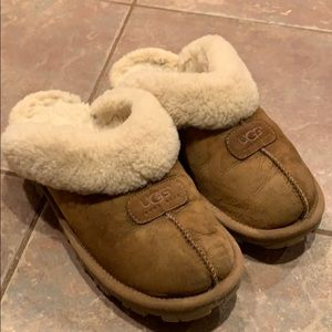 Ugg coquette slippers tan soft paint